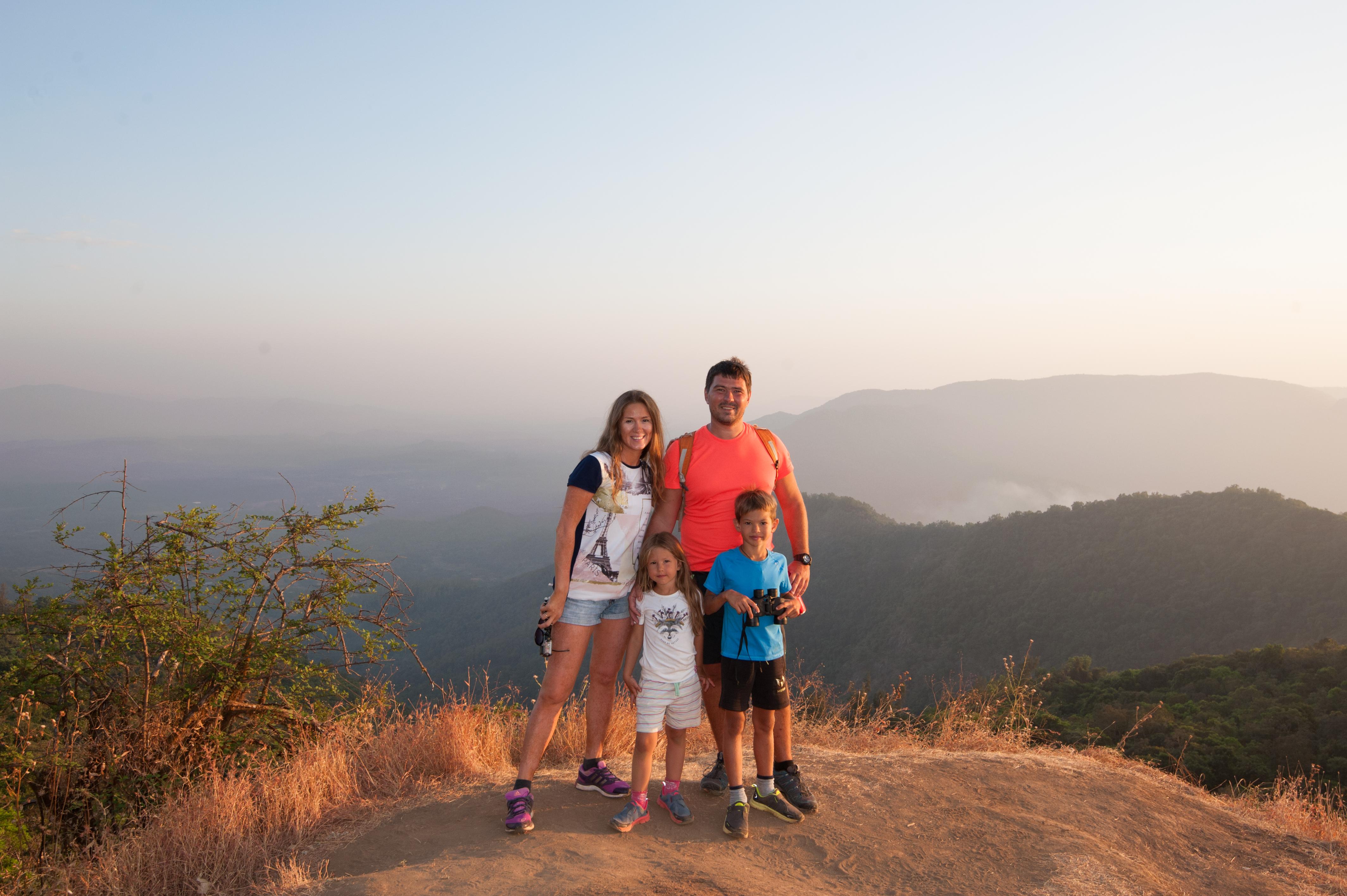 Милана Романова о семейных путешествиях, детях на вулкане и учебе вне школы